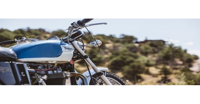 visiter la corse en moto sur les plus belles routes. Black Bedroom Furniture Sets. Home Design Ideas
